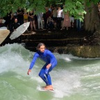 Surfing the Eisbach Welle